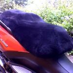 Gilera Fuoco 500 2008- Black Sheepskin Motorcycle Seat Cover